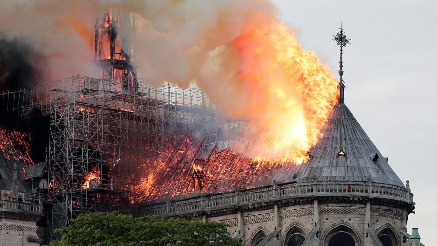 The+Controversial+Notre+Dame+Fire