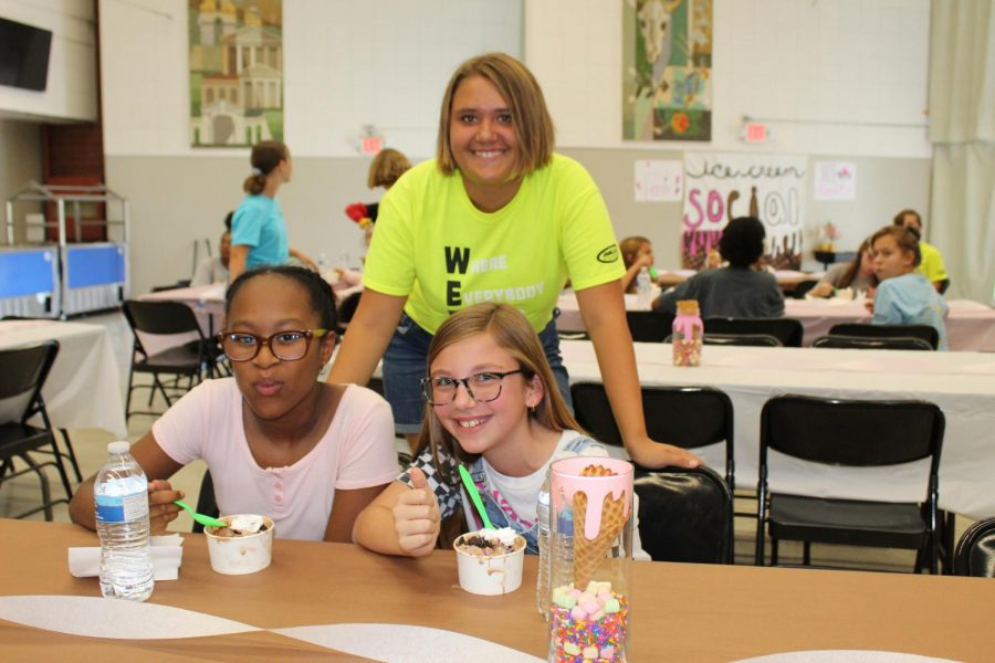 WEB Leader Gabby Valdivia Welcomes 6th Graders to Ice Cream Social
